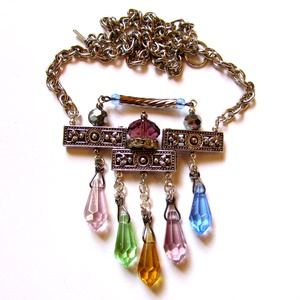 AKCIÓ! Aztékok gyémántjai - nyakék, Ékszer, Nyaklánc, Ékszerkészítés, \nRendhagyó nyakék, öt kivételes szépségű osztrák kristály cseppel.\n\nA lánc hossza 49 cm.\n\nAz akció f..., Meska