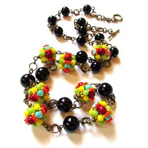 Irány Hawaii! - lánc AKCIÓ!, Ékszer, Nyaklánc, Ékszerkészítés, Gyöngyfűzés, gyöngyhímzés, \nCseh üveg gyöngyökkel fűztem a színes gömböket, vidám és egyedi nyaklánc, minden egyszínű öltözetet..., Meska