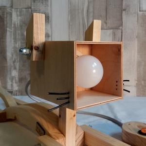Egyedi fa design cica lámpa  , Lakberendezés, Otthon & lakás, Lámpa, Hangulatlámpa, Famegmunkálás, Egyedi fenyőfából készült design cica lámpa asztalra, földre, nappaliba, gyerekszobába vagy bárhova ..., Meska