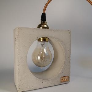 Praktikus beton lámpa Edison izzóval, Fali & Mennyezeti lámpa, Lámpa, Otthon & Lakás, Szobrászat, Kőfaragás, Egyedi beton lámpa, design Edison izzóval mely meleg fényt áraszt. Robosztus megjelenés, a beton tex..., Meska