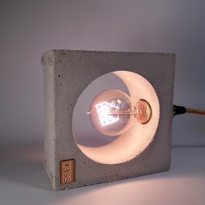 Praktikus beton lámpa Edison izzóval (KissDesignStudio) - Meska.hu