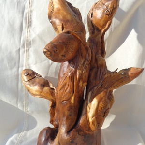 Aranyhalak eperfából, Művészet, Szobor, Fa, Famegmunkálás, Eperfatörzsből kézzel faragott egyedi aranyhalakat ábrázoló szobor. Felületkezelése keményolajjal és..., Meska