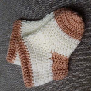 Horgolt baba zokni (11 cm), Ruha & Divat, Cipő & Papucs, Zokni, Horgolás, Horgolt, kétszínű zokni. Alize My Baby fonalból készült, 11 cm.\n\nKb 18-19-es méretnek felel meg.\n\n..., Meska