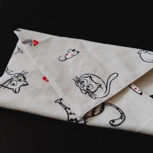 Cicás textil csomagoló szalvéta PUL-lal bélelt , NoWaste, Textilek, Textil tároló, Otthon & lakás, Képzőművészet, Textil, Varrás, Vastagabb vászonból és vízálló PUL-ból készítettem ezeket a szalvétákat. Szendvics csomagolására kiv..., Meska