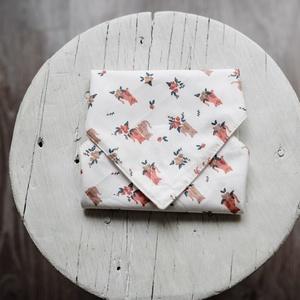 Cicás textil csomagoló szalvéta PUL-lal bélelt , Táska & Tok, Uzsonna- & Ebéd tartó, Szendvics csomagoló, Varrás, Cicás pamutvászonból (OEKO-TEX 100) és vízálló PUL-ból készítettem ezeket a szalvétákat. Szendvics c..., Meska