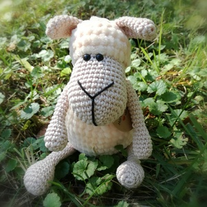 Horgolt bárányka, Más figura, Plüssállat & Játékfigura, Játék & Gyerek, Horgolás, Horgolt bárányka. A szemei biztonsági szemek. Ülve 18 cm. Pihe-puha ajándék. A test az alábbi színek..., Meska