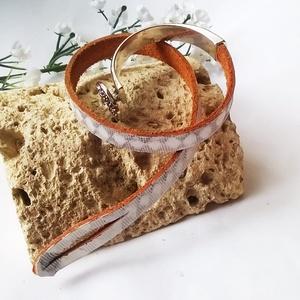 Fém és egyedi nyomott mintásmarhabőr karkötő (klarion) - Meska.hu