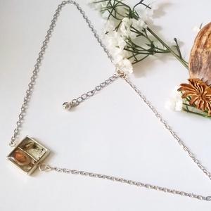 Ezüst színű, gyanta medállal, szárított gombafejjel (klarion) - Meska.hu
