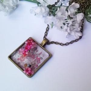 Virágos nyaklánc (klarion) - Meska.hu