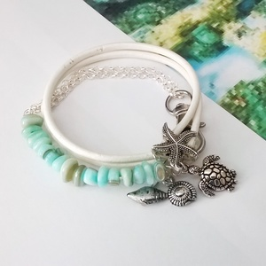 Fehér hengerbőr karkötő kagyló gyöngyökkel (klarion) - Meska.hu
