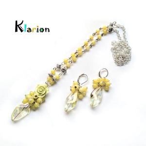 Sárga jade ásványgyöngyös nyaklánc irizáló üveggyönggyel (klarion) - Meska.hu