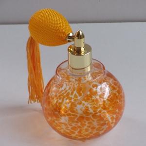 Retro parfümös üveg (Traszparens narancssárga), Táska, Divat & Szépség, Szépség(ápolás), Fürdőszobai kellék, Üvegművészet, Magasság : 105 mm\nÁtmérő: 73 mm\nŰrmérték: 150 ml\nSúly: 105 g\nA termék színes üvegből készült (nem fe..., Meska
