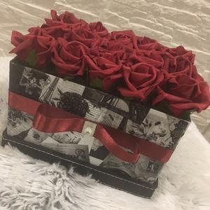 Virágbox vörös rózsából  (Klaudecor) - Meska.hu