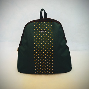 Zöld, sárga pöttyös hátizsák , Táska & Tok, Biciklis & Sporttáska, Sporttáska, Varrás, Egyedi tervezésű és kivitelezésű hátizsák. Kívül -belül víztaszító anyagból. Belül 2 db zseb kapott ..., Meska