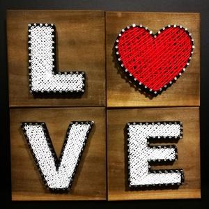 String Art LOVE felirat 4db-ból, Felirat, Dekoráció, Otthon & Lakás, Famegmunkálás, Fotó, grafika, rajz, illusztráció, String Art/Fonalgrafika technikával, minőségi alapanyagok felhasználásával készült, dekorációs kép, ..., Meska