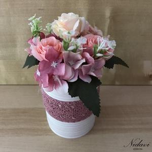 Bohém csokor, Csokor & Virágdísz, Dekoráció, Otthon & Lakás, Virágkötés, 9 cm átmérőjű konzerv dobozba készülő őszi, bohém virágbox, csokor.\n Őszi asztaldíszként ajánlom.\nPr..., Meska