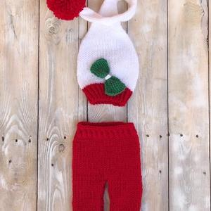 Karácsonyi szett, Baba-mama-gyerek, Ruha, divat, cipő, Kendő, sál, sapka, kesztyű, Sapka, Kötés, Karácsonyi szett ( nadrág+manósapka) ajándéknak vagy fotózáshoz, 0-2 hónapos babáknak., Meska