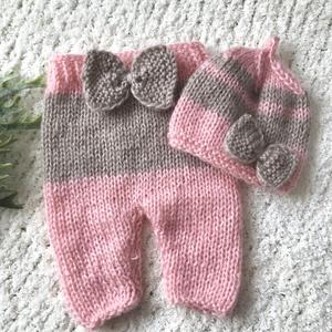 Újszülött nadrág sapkával, Babafotózási ruha és kellék, Babaruha & Gyerekruha, Ruha & Divat, Kötés, Újszülött  kézzel kötött nadrág sapkával babafotózáshoz. \n0-2 hónapos méret \n, Meska