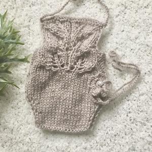 Újszülött nadrág hajpánttal , Ruha & Divat, Babafotózási ruha és kellék, Babaruha & Gyerekruha, Újszülött  kézzel kötött nadrág hajpánttal l babafotózáshoz.  0-2 hónapos méret  , Meska