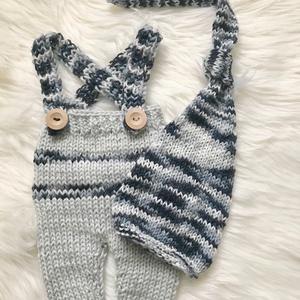 Szürke szett, Ruha & Divat, Babafotózási ruha és kellék, Babaruha & Gyerekruha, Újszülött  kézzel kötött nadrág sapkával babafotózáshoz.  0-2 hónapos méret  , Meska