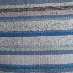 """Rongyszőnyeg \""""Ég - kék, tenger - kék\"""", Otthon & Lakás, Lakberendezés, Szövés, Újrahasznosított alapanyagból készült termékek, Használ póló feldogozásából készült szőnyeg.\nMéret: 73 x 217 cm\nAnyag:pamut - műszál keverék.\nTisztí..., Meska"""