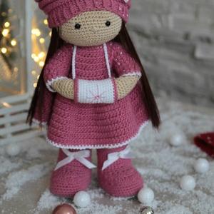 Kézzel készített horgolt  mályva színű baba (Knittystore) - Meska.hu