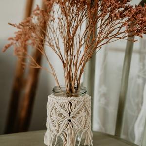 Makramé váza/ gyertyatartó, Otthon & Lakás, Dekoráció, Váza, Csomózás, Egyedi, kézzel csomózott váza vagy használható gyertyatartóként is.\n100%-ban újrahasznosított pamutf..., Meska