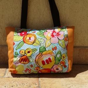 Sárga virágos műbőr  táska kézitáska/válltáska/oldal táska , Táska, Divat & Szépség, Táska, Válltáska, oldaltáska, Otthon & lakás, Dekoráció, Ünnepi dekoráció, Anyák napja, Varrás, Napsárga virágos műbőr táska...... \nKözepes méretű, könnyű, tisztítható, kényelmes viselet. \nKb 36 c..., Meska