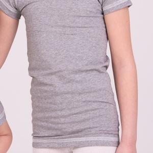 Hosszított aláöltöző pamut póló gyerekeknek, testhezálló póló 122-140-ig, Ruha, divat, cipő, Baba-mama-gyerek, Gyerekruha, Gyerek (4-10 év), Varrás, HŰVÖS az idő, de bodyt már nem hordhat, a RÖVID PÓLÓ KICSÚSZIK a nadrágból és MEGFÁZIK A DEREKA…. I..., Meska