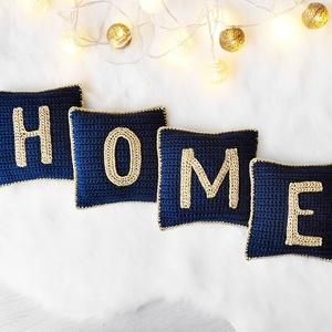HOME feliratos mini párna szett kék és arany színben, horgolt betűpárna, feliratos díszpárna, Párna & Párnahuzat, Lakástextil, Otthon & Lakás, Horgolás, HOME feliratos mini horgolt díszpárna szett applikált horgolt betűkkel, tengerészkék és arany színbe..., Meska