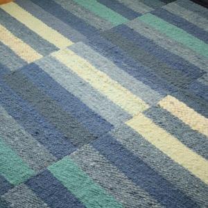 TENGER - Gyapjú szőnyeg, Otthon & Lakás, Lakástextil, Szőnyeg, Szövés, A tenger gyönyörű színeit idézi ez a vastag magfonalas gyapjú szőnyeg. Nappaliba, hálószobába ajánlo..., Meska