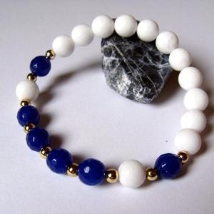 Kék és fehér jáde karkötő  (korallkata) - Meska.hu