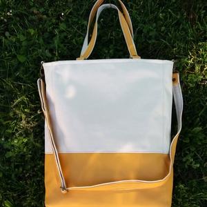 Női táska cordura/textillbőr anyagból, Táska, Válltáska, oldaltáska, Bőrművesség, Varrás, Vízhatlan anyagból készült  cordura/textilbőr kombináció  Többféleképpen hordható.  -Állítható pánt..., Meska