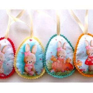Tündéri húsvéti  tojások , Otthon & Lakás, Dekoráció, Varrás, Hímzés, Egészében kézzel varrtam aprólékos munkával ezeket a tojásokat. Gyapjúfilcből készültek  és tömőanya..., Meska