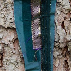 Textil nyaklánc-medál - zöld-türkiz                        , Ékszer, Nyaklánc, Medálos nyaklánc, Ékszerkészítés, Varrás, Meska