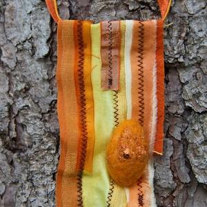 Textil nyaklánc-medál - sárga, Ékszer, Nyaklánc, Medálos nyaklánc, Ékszerkészítés, Varrás, Meska