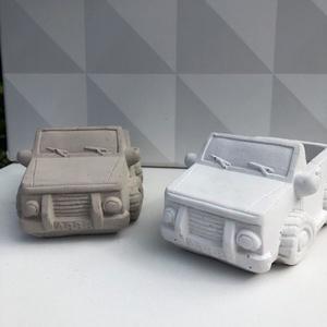 Beton platós autó, Otthon & Lakás, Dekoráció, Virágtartó, Mindenmás, Egyedileg készített beton platós autó kaspóként vagy asztali tartóként is használható., Meska