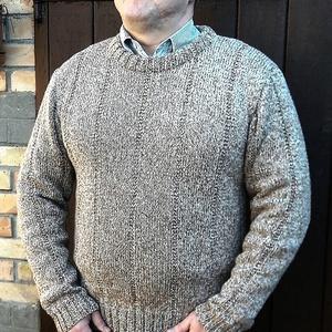 Kézzel kötött férfi pulóver, Pulóver, Férfi ruha, Ruha & Divat, Kötés, Kézi kötéssel készült ez a barna cirmos férfi pulóver 100% merino gyapjuból. A pulóvernek már van ga..., Meska