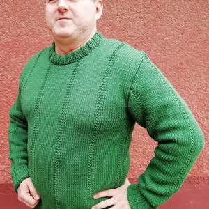 Kézzel kötött zöld férfi pulóver, Ruha & Divat, Férfi ruha, Pulóver, Kötés, Kézi kötéssel készült férfi pulcsi. XL méret. Kérésedre más színben, méretben is elkészítem. Gyapjú ..., Meska