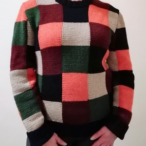 Kézzel kötött kockás pulóver, Pulóver & Kardigán, Női ruha, Ruha & Divat, Kötés, Kézi kötéssel készült kockás pulóver. Elkészítem a kedvenc színeiddel, keress belső mailen. L méret...., Meska