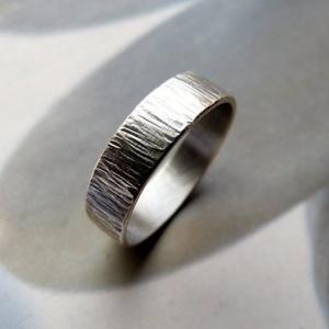 Ezüst karikagyűrű (rusztikusra kalapált), Esküvő, Ékszer, Ékszerkészítés, Meska