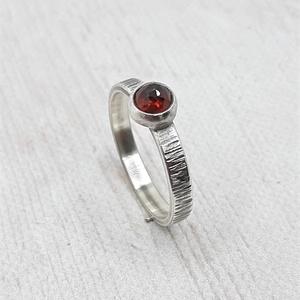 Gránát ezüst gyűrű  - Meska.hu