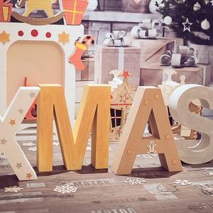 Hab X-MAS betűk , Otthon & lakás, Dekoráció, Ünnepi dekoráció, Karácsony, Karácsonyi dekoráció, Újrahasznosított alapanyagból készült termékek, X-MAS hab betük, 40 cm. magasak, bézs árnyalatok, aranyozott és ezüstözött betűkkel,a legújabb külfö..., Meska