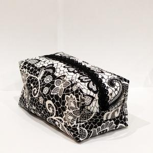 Csipkés doboz alakú neszesszer fekete béléssel, Táska & Tok, Neszesszer, Varrás, Meska