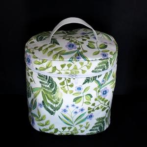 Lila virágos páfrányos kozmetikai táska fehér vízlepergető béléssel, Táska & Tok, Neszesszer, Varrás, Meska