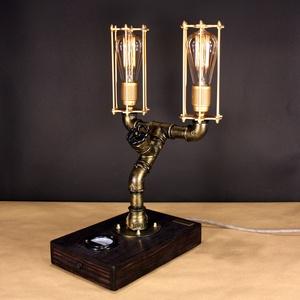 """Akció!! Twinlight, fényerőszabályzós 2 \""""Edison\"""" izzós asztali csőlámpa., Lakberendezés, Otthon & lakás, Lámpa, Férfiaknak, Steampunk ajándékok, Fémmegmunkálás, Famegmunkálás, A lámpa érdekessége, hogy ha teljesen feltekered a fényerőszabályzót használhatod olvasáshoz. Egy cs..., Meska"""