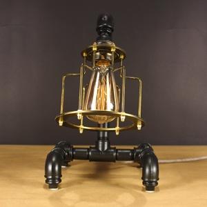 Steampunk stílusú asztali csőlámpa fekete és antik réz színben. (Kreativalampa) - Meska.hu