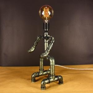 Robot asztali steampunk hangulatlámpa vízvezeték csövekből edison izzóval (Kreativalampa) - Meska.hu