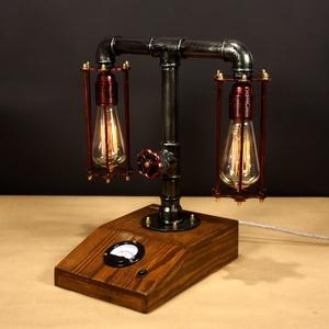 Balance II. , fényerőszabályzós, voltmérős,  2 izzós asztali csőlámpa., Otthon & lakás, Lakberendezés, Lámpa, Férfiaknak, Steampunk ajándékok, Fémmegmunkálás, Famegmunkálás, A lámpa érdekessége, hogy ha teljesen feltekered a fényerőszabályzót használhatod olvasáshoz. Egy cs..., Meska