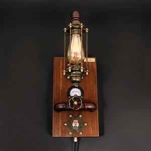 FÉNYERŐSZABÁLYZÓS FALI LÁMPA, STEAMPUNK – 27, Otthon & Lakás, Lámpa, Fali & Mennyezeti lámpa, Fémmegmunkálás, Famegmunkálás, Fényerőszabályzós, voltmérős indusztriális steampunk fali lámpa.\n\nEnnek a fali lámpának az első péld..., Meska